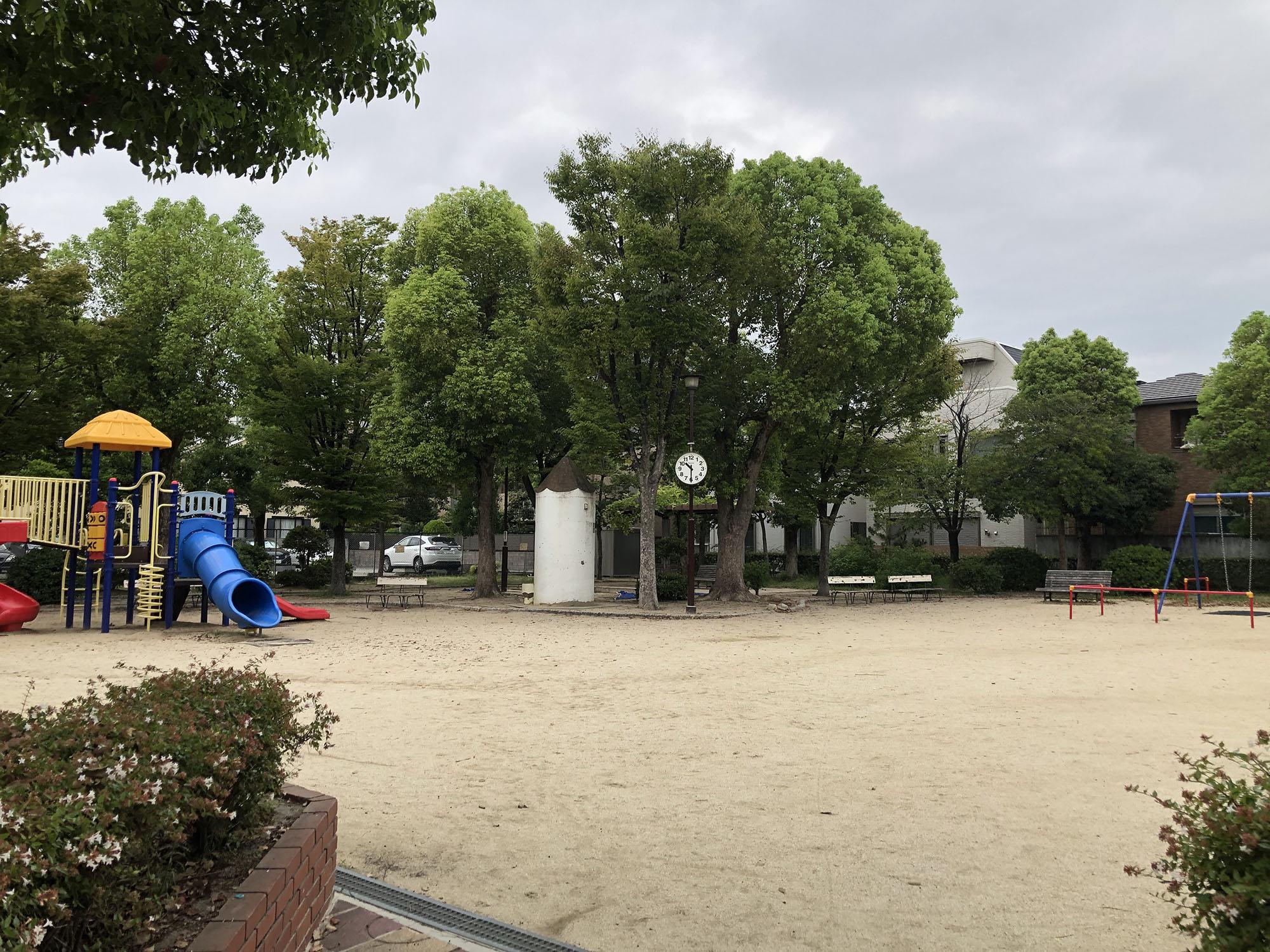 打出浜公園(えんぴつ公園)