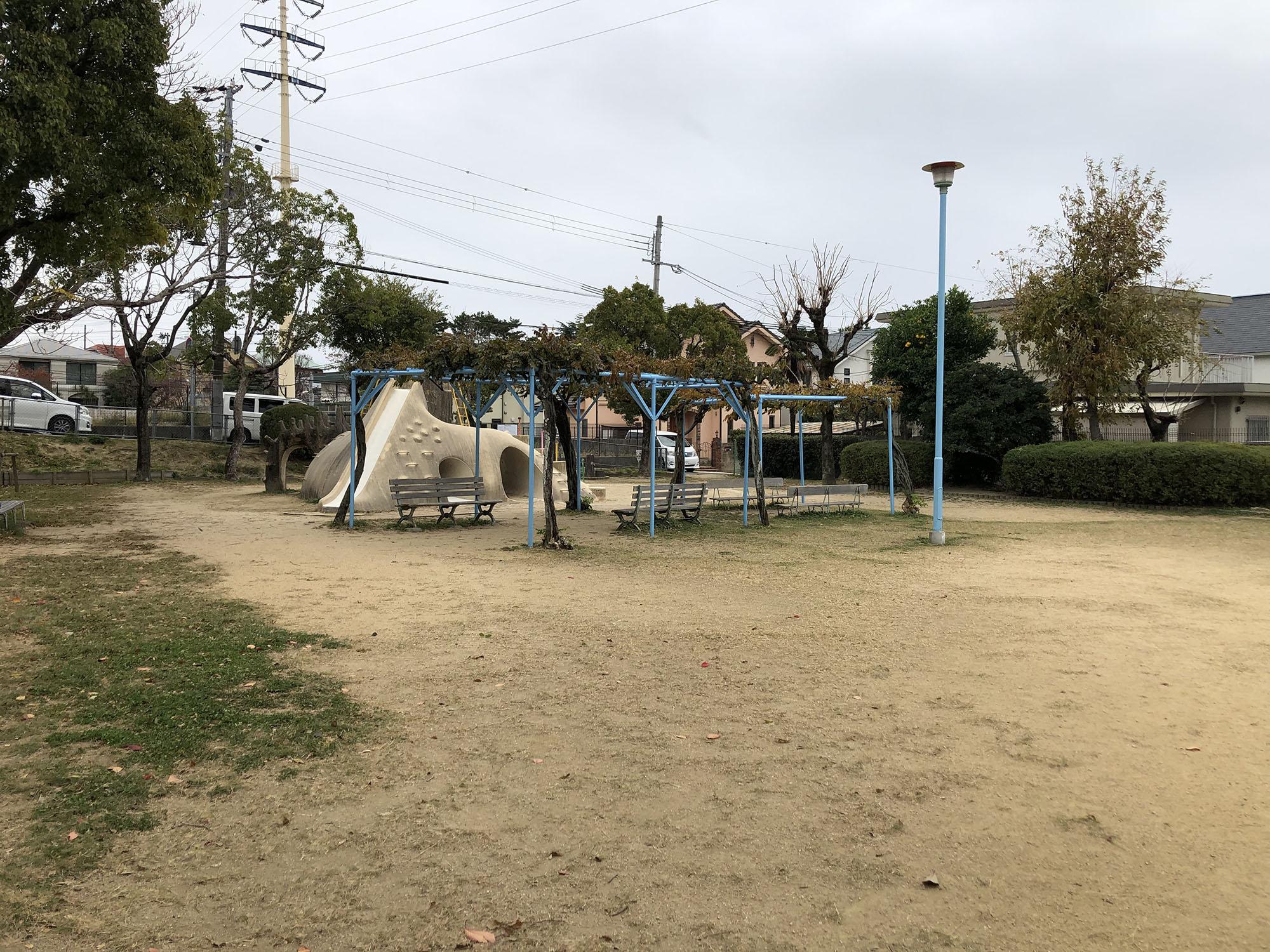 岩園北公園