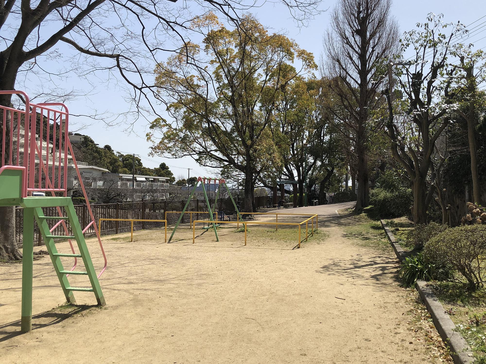 山芦屋公園