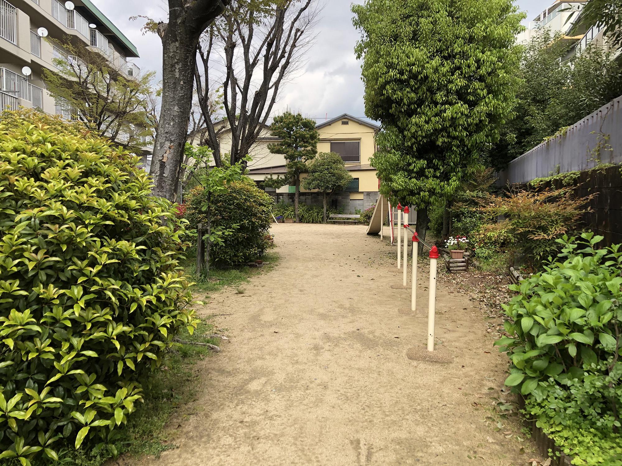 西蔵児童遊園
