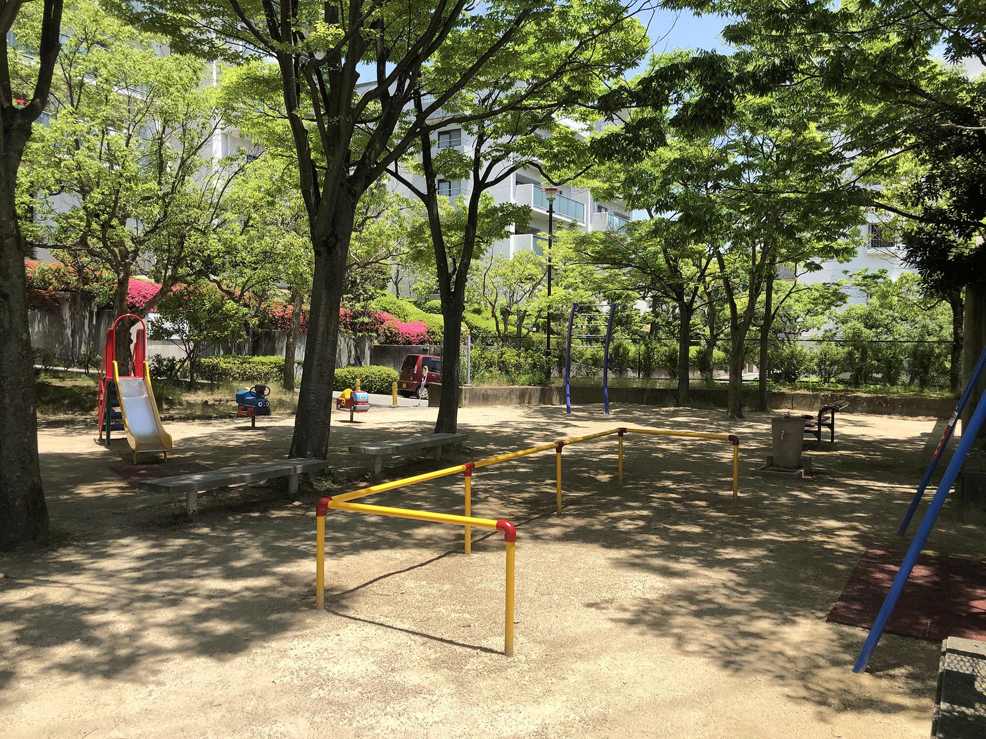 朝日ヶ丘西公園